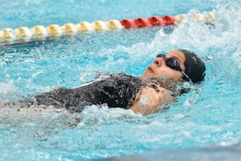 Oferta cursos de natación adultos